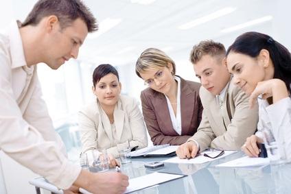 En formation en anglais technique vous apprenez à bien lire et répondre à des textes professionnels.