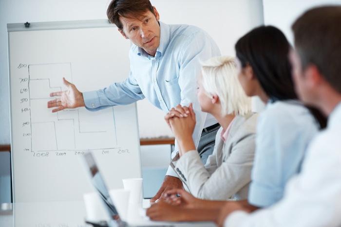 Une formation en anglais technique vous aide à vous exprimer avec précision lorsque vous communiquez avec vos collègues internationaux.